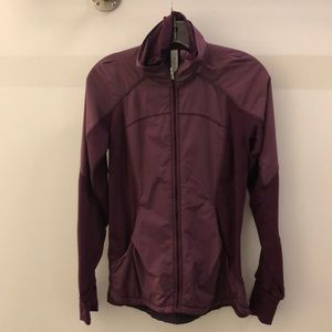 Lululemon plum zip up jacket sz 4 66687